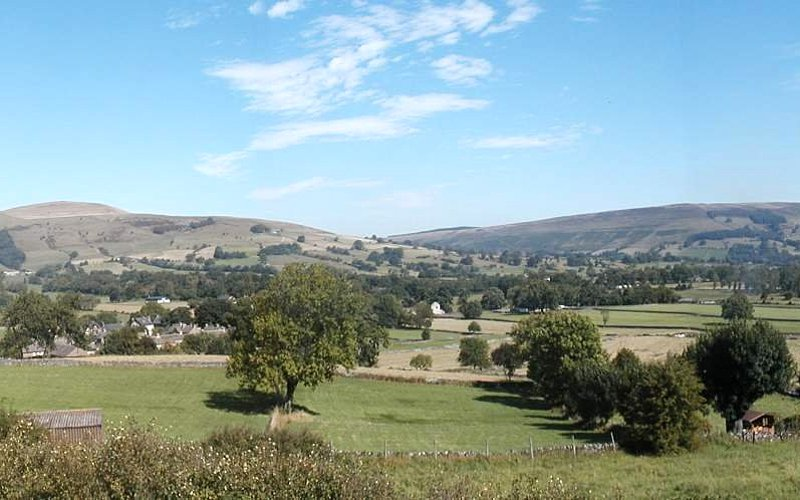 Photo showing a view of the valley
